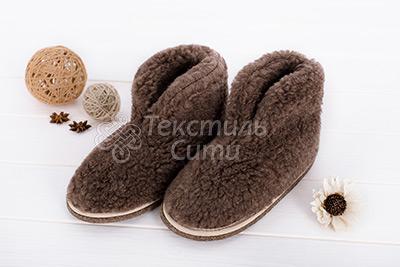 Тапочки - сапожки из овечьего меха